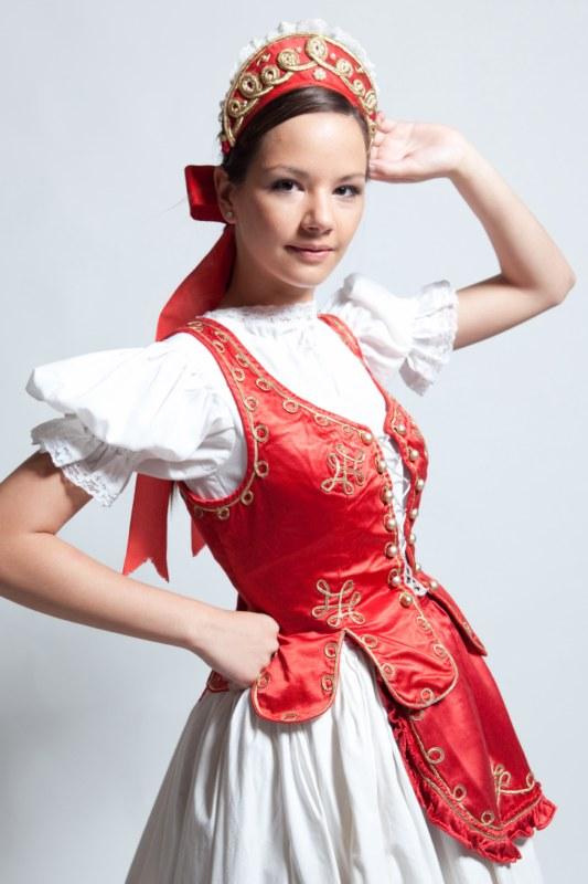 Maszka   Női c5df4286f6